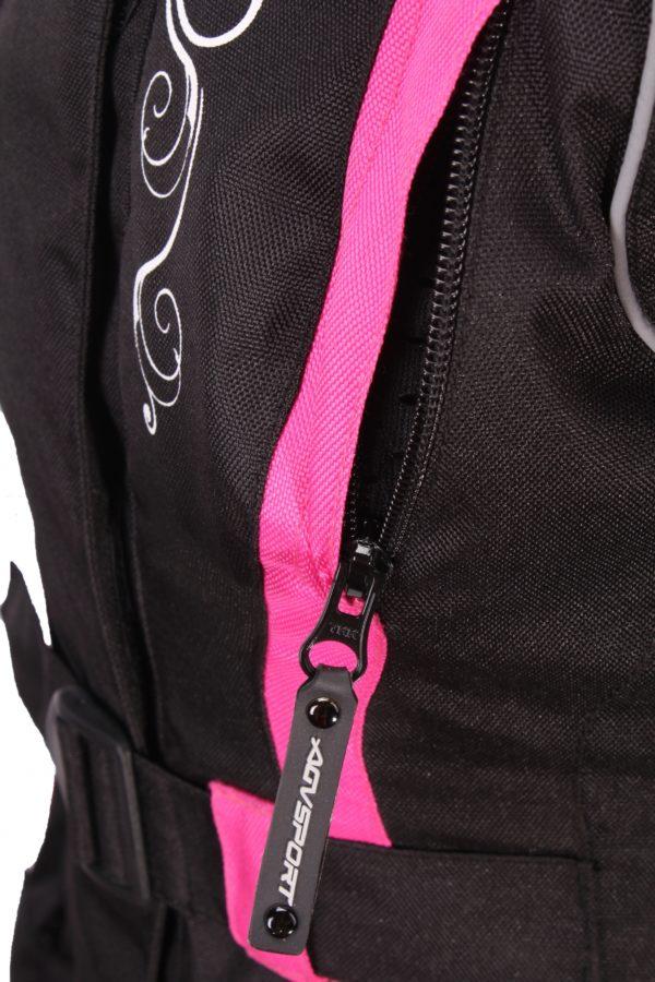 Текстильная женская куртка Mistic черно-розовая фото 6